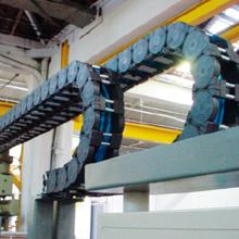 Cadenas instaladas en paralelo para máquina de cartonaje